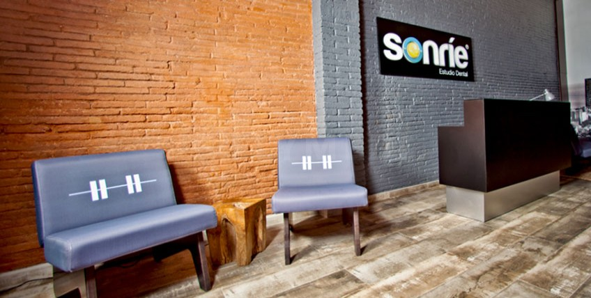 Sonrie Estudio Dental - Barcelona, Spain - Main